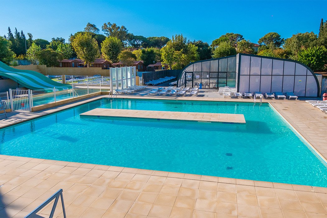 Camping fr jus camping provence alpes c te d 39 azur for Camping piscine var