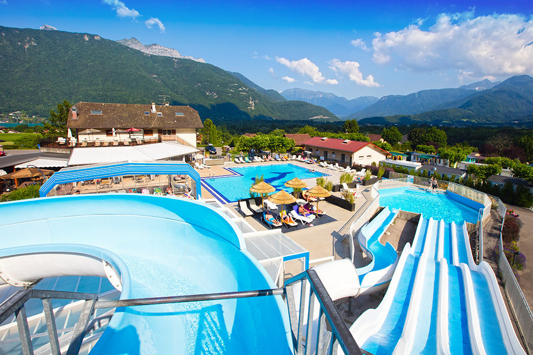 Camping l 39 id al camping rh ne alpes camping france for Camping savoie piscine