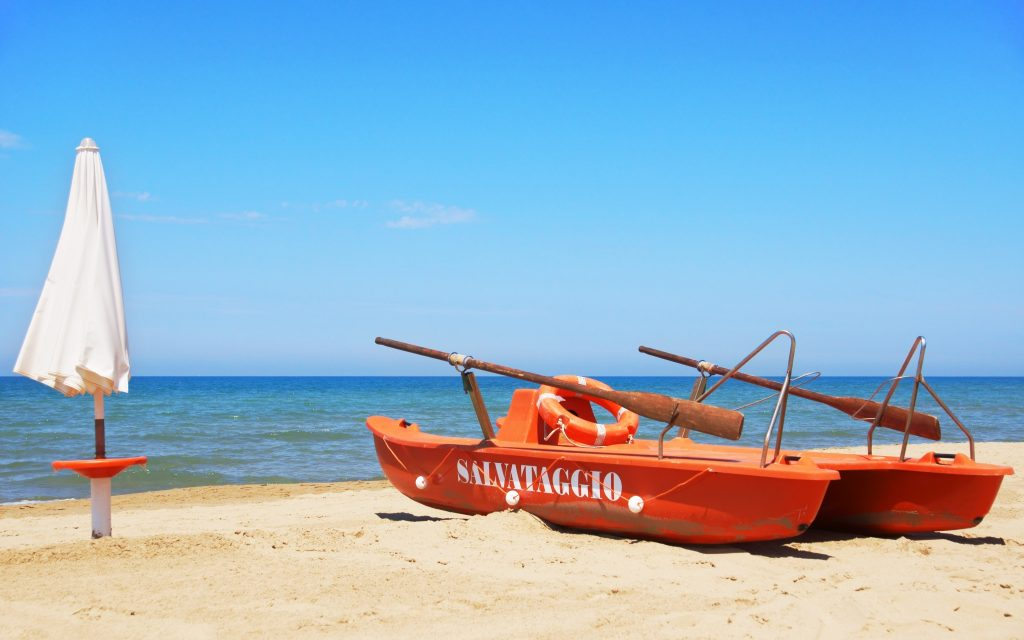 Rescue boat at San Vincenzo