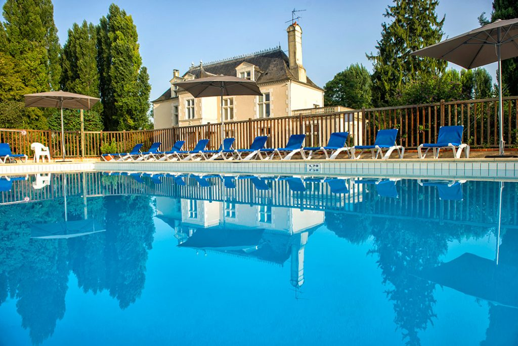 Camping Château des Marais a Canvas Holidays campsite ideal for couples