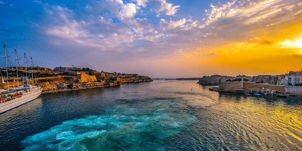 this is in Malta and no boats on the sea