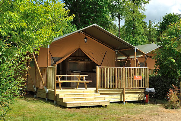 Safari Tent 2 bedrooms sleeps 6