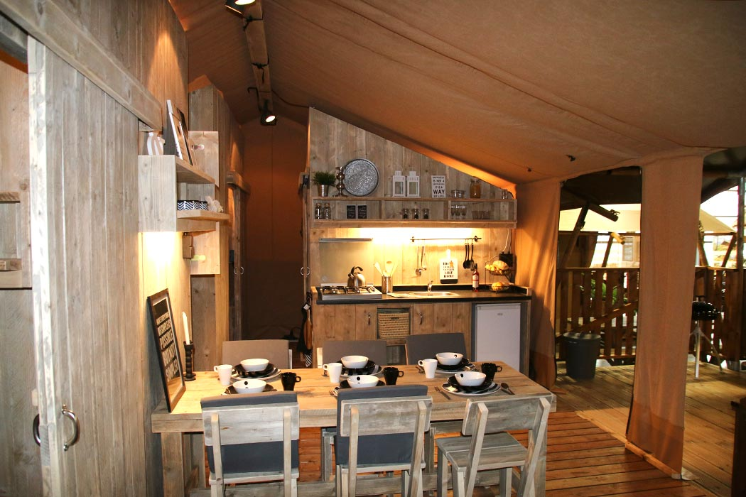 Safari Luxe XXL Tent 3 bedrooms sleeps 6