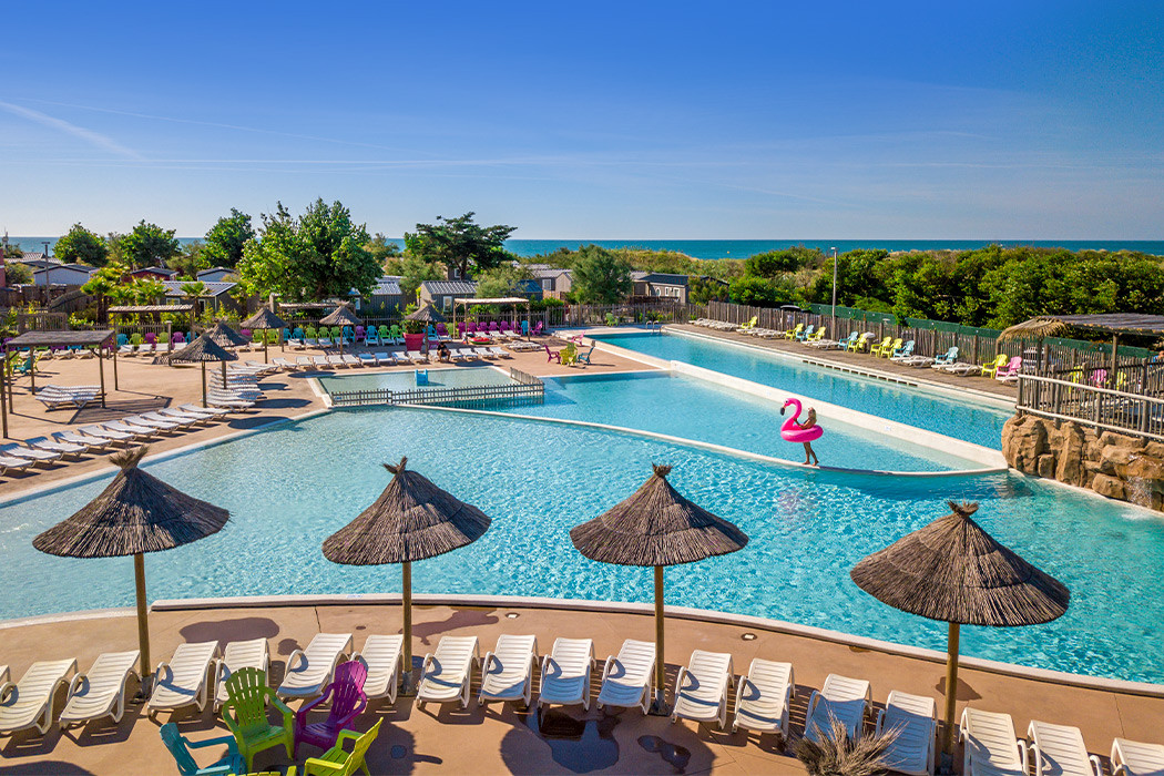 Camping marseillan plage piscine 25 best ideas about for Camping hardelot plage avec piscine