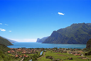 camping in the italian lakes italy campsites canvas holidays